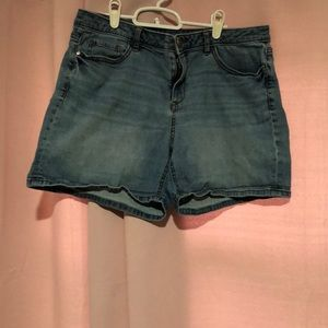 Size 12 Lauren Conrad shorts